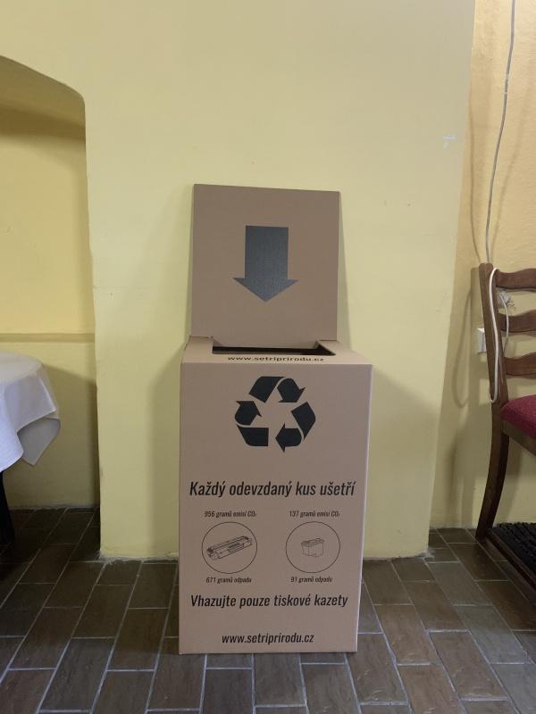 Sběrný box na prázdné inkoustové a tonerové kazety obec Holčovice